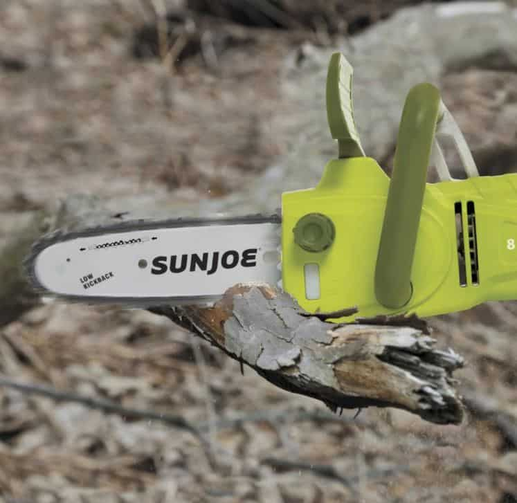 SunJoe Chainsaw cutting log- converted from pole saw